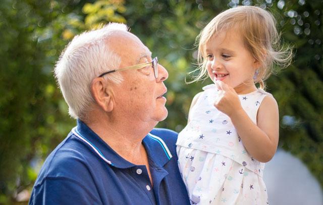 Подарък за дядо, идеи за дядовден, не забравяайте вашите дядовци, подарък от внуците за дядо
