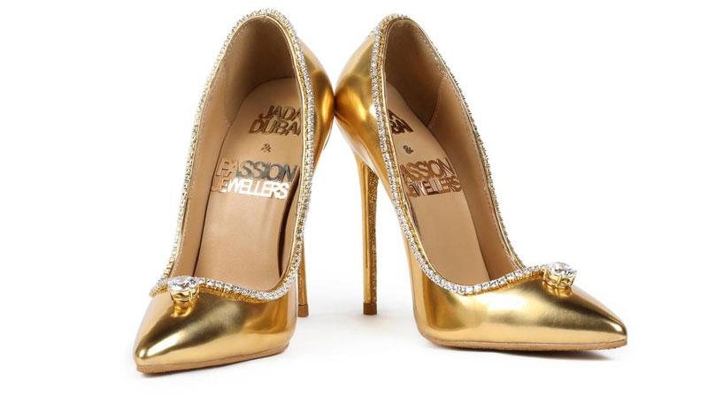 най - скъпите обувки, най - скъпите дамски обувки, интересни идеи за подарък за сестра